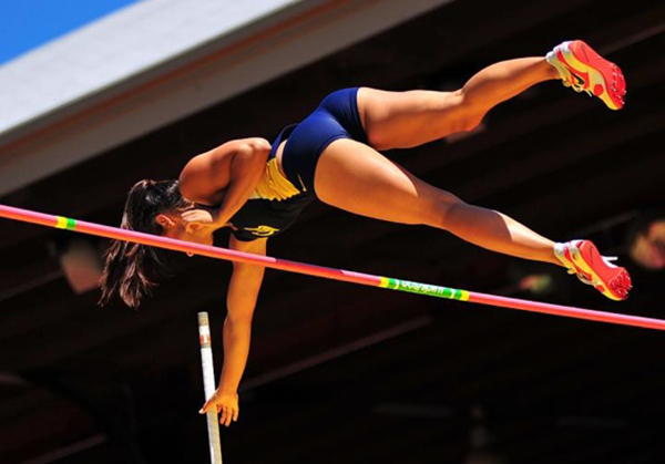 new-allison-stokke-2010